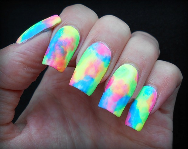 neon-water-marble-nail-art-design1