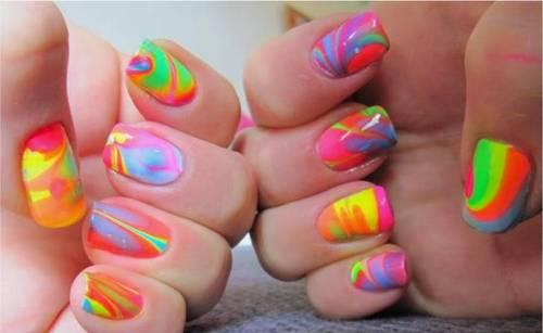 neon-water-nail-art