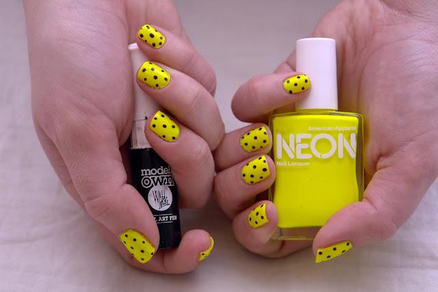 neon-yellow-nails-with-black-polka-dots-nail-art