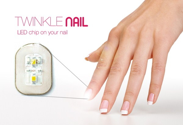 Uñas con luces LED's 4