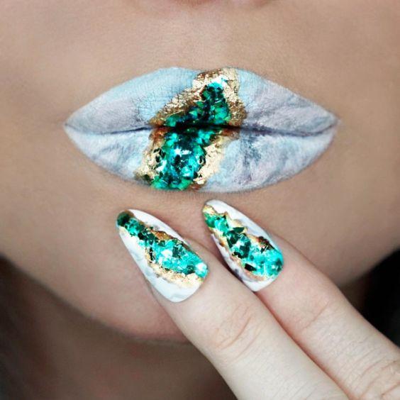 Geode nails uñas inspiradas en diamantes y gemas 2