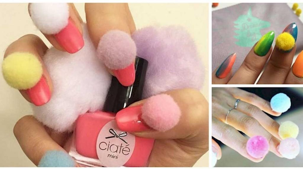 Decoracion de uñas con pompones 5