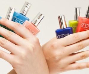Uñas multicolores o uñas arco iris